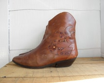 Sz 7.5 Vintage Brown Leather Ankle Boots WOMEN