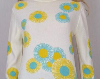 Vintage 1960's Women's SUGARBUSH ReTrO MoD Sun Flower Daisy PoP ArT HiPPiE Knit Shirt Top M