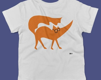 Matthew the Fox wearing his round spectacles childrens' t shirt