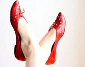 Vintage 80s Ballerinas Red pointy sandals with rivets leather rockabilly goth 80s does 60s flats Size 38