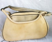 Vintage Purse Guild Creations ~ Cream tone Leather ~ Shoulder Strap ~ Double Handles ~ Metal feet