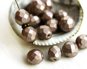 Metallic Rose Beige beads, 8mm Czech round beads, fire polished, faceted beads - 15Pc - 2747
