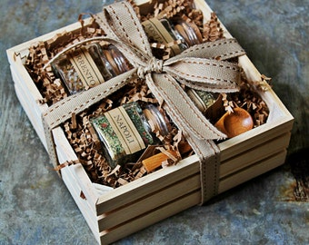 Salt Gift Set - Gourmet Set - Spices, Seasoning Blends & Gourmet Salts Set - Italian Artisan Seasoning Set- Crate Set - Gift Box