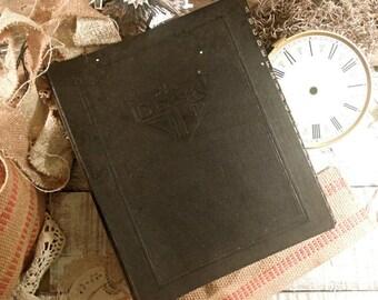 Vintage File Folder / Accordion A to Z Folder / Black Ledger / Desk Ledger