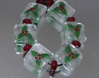 Lampwork Holly Squares