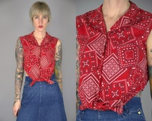 1950s Bandana Print Red Cotton Western Novelty Print Rockabilly Cropped Tie Front Crop Blouse