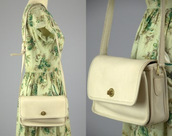 Vintage Coach Crossbody Classic White Leather Handbag Purse