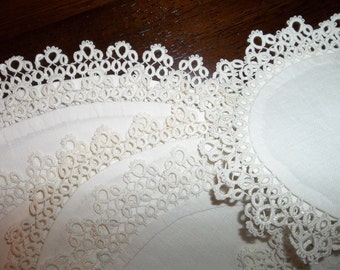 18 Vintage Linen with Tatted Lace Doilies...Placemats...3 Sizes...Perfect Condition