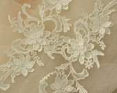 White Venice Lace Applique Pair with 3D Petals for Jewelry, Wedding Headpiece, Garters