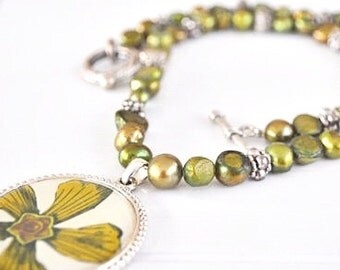 Freshwater Pearl Green Pendant Necklace St. Patricks Day Necklace Green Pearl Flower Pendant