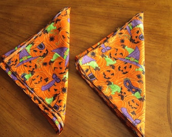 Set of two Halloween napkins,  pumpkins, lunch box napkins, dinner napkins