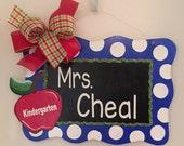Teacher Door Hanger, Apple Door Hanger, Teacher Gift, Teacher's Classroom, Appreciation Gift, Personalization, Apple Decor,