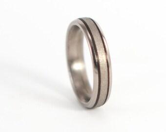 Women's titanium ring with carbon fiber inlays. Unique engagement ring. Valentine's Day (00300_4N)