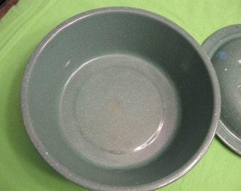 Vintage Green Enamel Pan With Lid,  11-Inch Diameter