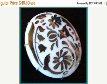 """Vintage Victorian Brooch Pin White Glass Stone Silver Inlay Floral Design BIG C Clasp 2 .5"""" VG"""