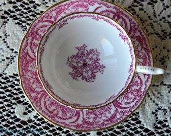 Coalport Elegant Red And White Vintage Teacup And Saucer, English Bone China Tea Cup Set, Wedding Gift,  ca.1960