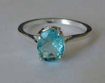 9x7mm Neon Blue Apatite Sterling Silver Ring size 8
