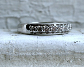 Beautiful Vintage 14K White Gold Diamond Wedding Band - 0.77ct.