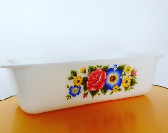 Retro Pyrex Floral Loaf Tray
