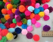 200- 35mm handmade pom poms,  Beautiful Mixed Colors  Yarn Pom Poms - pompom,lisu pompom
