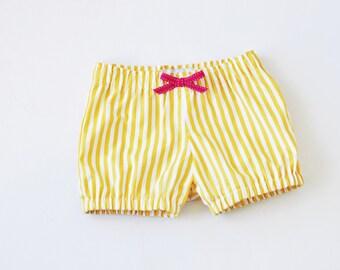 GIRLS SHORTS - Soft Gold Stripe Bloomers