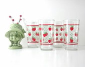 Vintage Glass Tumblers / Red Strawberry Drinking Glasses / Cottage Chic Drink Ware / Retro Juice Glasses