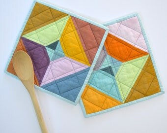 Quilted Pot Holders, Geometric Pot Holders, Modern Kitchen Decor,  Multicolored, Hostess Gift, Kitchen Accessories