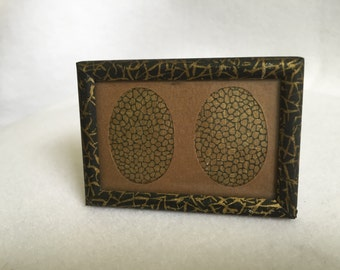 Vintage Miniature Picture Frame with Oval Mat Holds 2 Photos Black & Gold Metal Frame