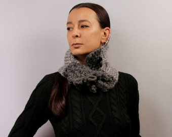 Knit Scarf Women, Chunky Cowl, Knit Scarf, Infinity Scarf, Charcoal Grey Chunky Scarf, Cowl Scarf, Winter Loop Scarf, Neck Cowl