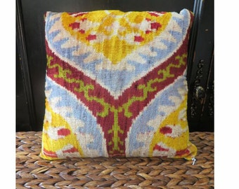 USA Shop/ Soft Velvet Ikat Pillow Cover/ 14x14