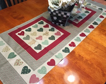 Vintage Valentines Heart table runner for housewares, home decor by MarlenesAttic