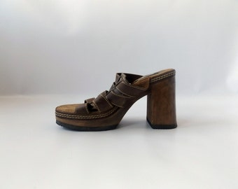 90s Leather Platform Sandals Vintage Brown Tall Wood Chunky Heel Open Toe Shoes Womens Size 9 Woven Foot Strap 1990s Club Kid Hippie Boho