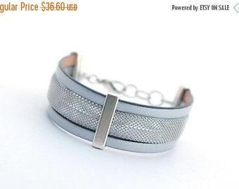 ON SALE Silver Men's Leather Bracelet, Stainless Steel Bracelet, Modern Men's Bracelet, Minimalist Men's Jewelry, Modern Men Bracelet, Gift