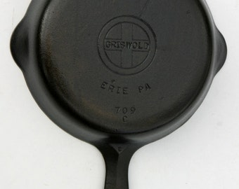 Vintage Fine GRISWOLD Erie PA Cast Iron Egg Skillet Pan No. 3 Professionally Cleaned, Seasoned Organically Ready To Cook