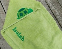 Turtle Personalized Hooded Towel, Turtle Towel, Personalized Kids Hooded Towel, Turtle Birthday Gift, Turtle Beach Towel, Kids Birthday Gift