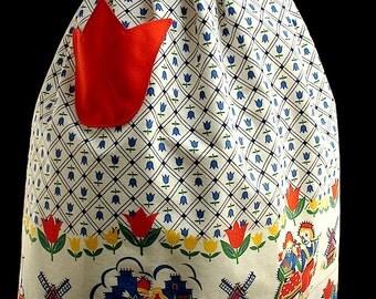 Vintage Dutch Motif Border Fabric Half Apron with Tulip Pocket
