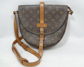 Louis Vuitton crossbody shoulder canvas bag vtg