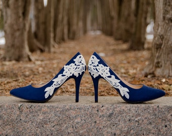 Blue Wedding Shoes, Navy Heels, Blue Bridal Shoes, Navy Wedding Heels, Blue Bridal Heels, Navy Pumps, Blue Heels with Ivory Lace. US size 10
