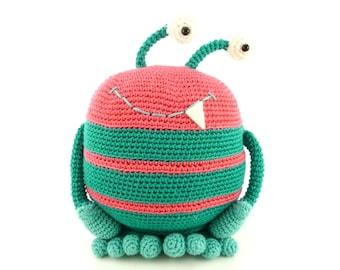 Pinky the monster - Amigurumi Crochet Pattern