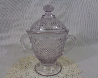 """Early American Pattern Glass """"Dewdrop"""" Covered Sugar"""