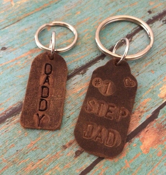 Personalized Keychain, Rustic Leather Daddy key chain, Hand Stamped, Custom Made Keychain, Fathers Day Gift, Stay Safe, Sweet 16, New Driver