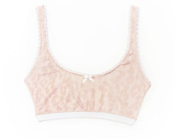 Pink bralette in Pink stretch Polyamide jersey and Ivory lace edging - Pink Soft Bra - Crop top