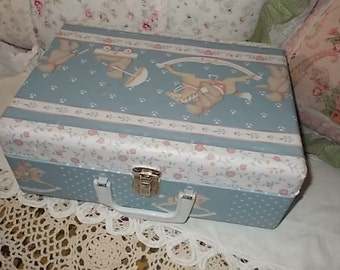 Suitcase Little Vintage Small Little Suitcase ,Doll Case,with Bears On it Sweet,Doll Trunk,Storage, Organization, Case  :)S