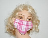 Cozy medical face mask, Tartan, pink and white, washable, Men and Women, sewn in nose bridge, by Mouthshutters