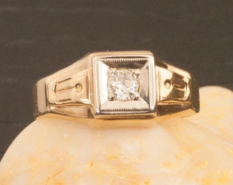 Vintage Art Deco 14 Karat Gold Diamond Ring