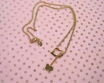 Avon Captured Heart Necklace Gold tone Vintage 1980