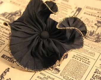 Avon Black Ruffle Pin - Vintage 1988