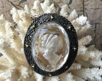 Vintage Glass Reverse Intaglio Cameo Brooch / Pendant Necklace