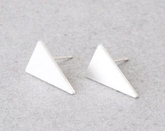 Triangle Stud Earrings, Geometric Earrings, Delicate Silver Earrings, Triangle Earrings, Dainty Stud Earrings, Girls Earrings, Ear Studs
