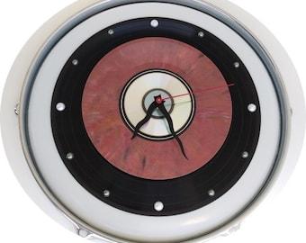 "12"" Drum Skin & Hoop/rim 6 Lug - Clock w/ a 33 record, 'Rare' burgundy marbled 45 record and a Mp3."